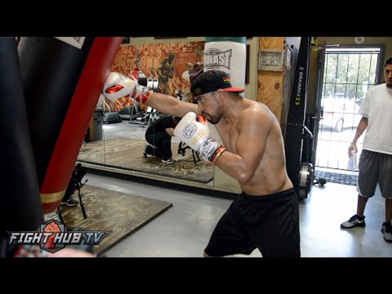 Victor Ortiz vs. Andre Berto 2- Ortiz COMPLETE Media Workout Video