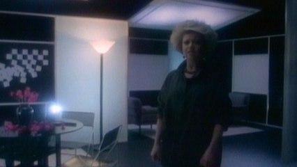 Elaine Paige - Nobody's Side