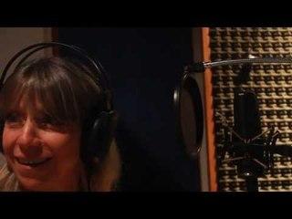 """Adriana Huberman.  Backstage en estudio La Cuerda. """"Otra danza para bailar"""" (julio 2013)"""
