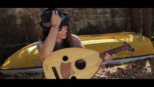 Rallia Christidou - Aspro Giasemi