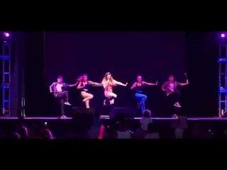 Reina de la canción (vivo) - Bailando con Julieta