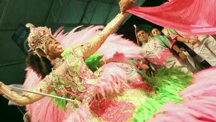De Mangueira - A Festança Brasileira Cai No Samba Da Mangueira