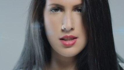 Lyna Mahyem - À mes côtés