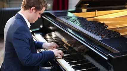 Benjamin Grosvenor - Mendelssohn: Fugue in F Minor, Op.35, No.5