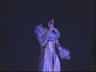 Shirley Kwan - Qian Quan Xing Guang Xia