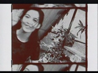 Vivian Chow - Hong Ye Lou Shou De Shi Hou