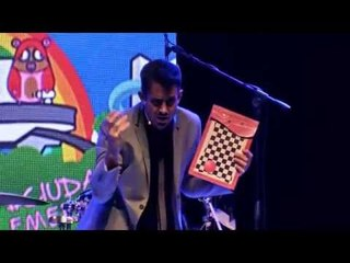 Radagast presentando stand up Ciudad Emergente 2015 Argentina