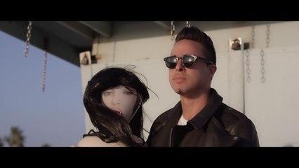 Alex Midi - Bizarre Love Triangle