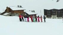 7 Jours Fous au Ski • #2 POUR JODIE QUI S'EST CASSÉ LE BRAS AU SKI • Du ski, de la luge,