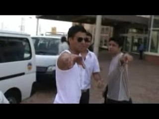 Aventura - Daniel Calderón y Los Gigantes (Detrás de Cámaras) ®