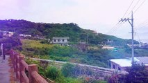 南城市冨里バス停(具志頭・那覇向き) ちょっと休憩。奥武島を眺めることができますよ。【沖縄】