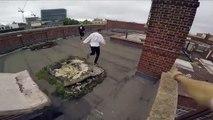 Parkour sur les toits en POV