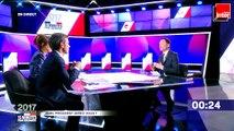 """L'objet de Benoit Hamon : """"La Carte Vitale... et la carte d'électeur"""""""