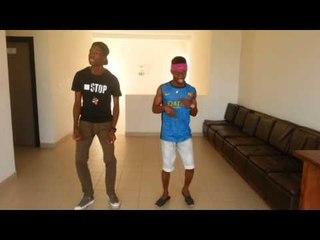 Chuipluskleurkeul Remix Azonto by Axel & Josué