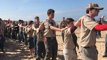 Les scouts de rassemblent sur les plages du Débarquement
