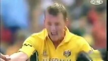 Top 10 Most Dangerous Yorkers IN Cricket History -- Most Destructive Yorkers In Cricket