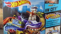 Des voitures chaud Méga jouet ultime roues garage attaque requin garage playset jouet voitures revi
