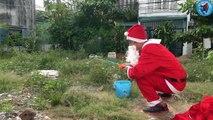 Attaque requin Le Père Noël va soudainement la pêche fichier attaque de requin TA 89 Père Noël