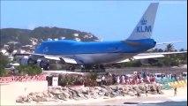 """Le décollage des avions sur la plage de Saint-Martin, une """"attraction"""" qui a tué une touriste"""