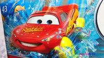 Des voitures foudre coureurs voie express cascade 2 jeux de deux étages mcqueen disney pixar voiture-jouets