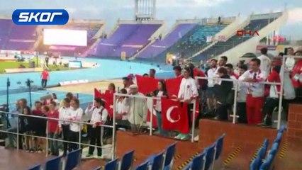 Milli atlet Yasemin Can, 10 bin metrede altın madalya kazandı