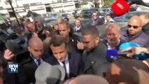 """Le candidat d'En Marche ! arrive à Sarcelles sous les """"Macron Président !"""" des habitants"""