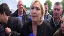 Francia, Le Pen si presenta alla Whirlpool durante visita Macron
