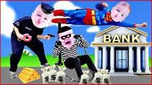 COPS and ROBBERS Crying Babies SUPERMAN CATCHES BAD BABY BANK ROBBER Superheroes in Real Life-JGdkSE