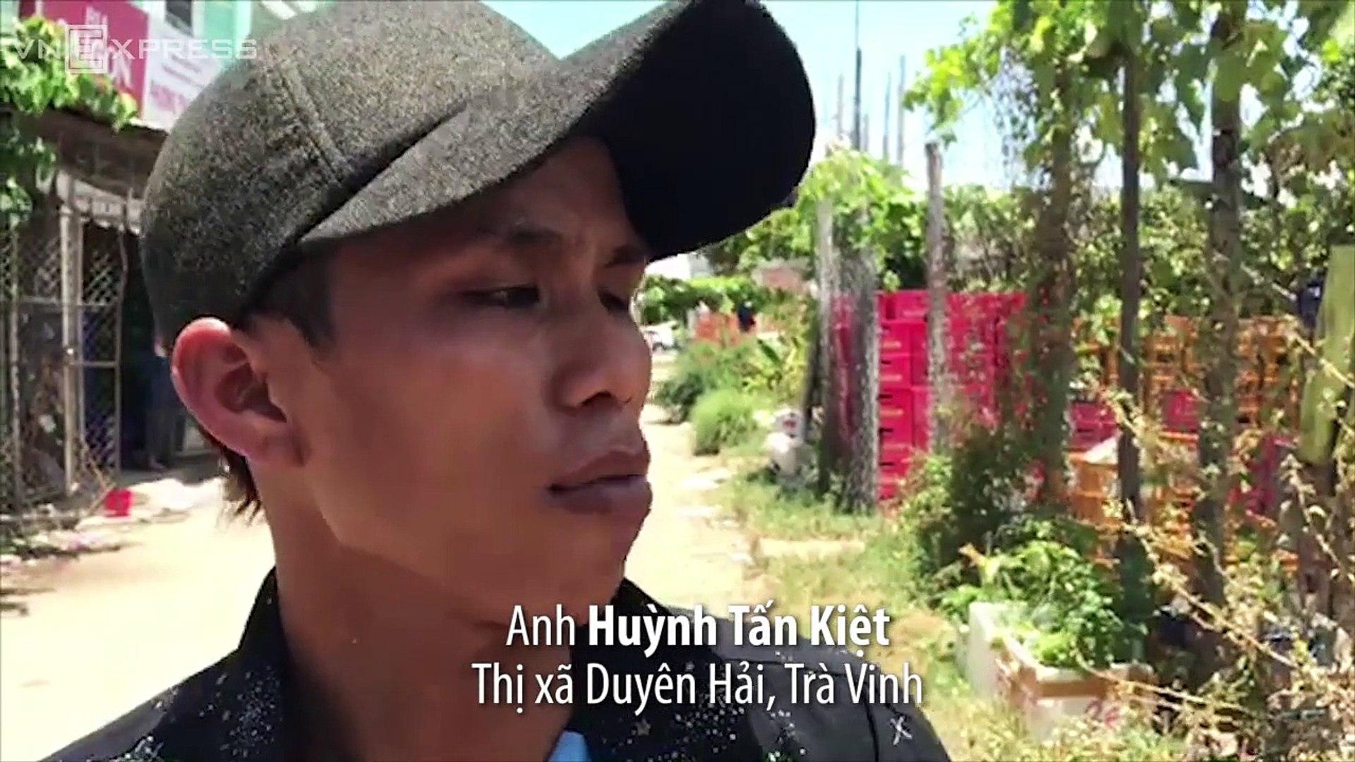 VnExpress | Thời sự | Người giao hàng truy đuổi kẻ cướp ngân hàng ở Trà Vinh