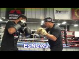 Mikey Garcia working mitts with Robert Garcia EsNews Boxing