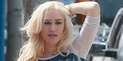 Gwen Stefani Looks Like She's In SERIOUS PAIN After Rupturing Her Eardrum