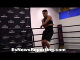 WOW!! Carlos Balderas jump ropes like Floyd Mayweather - EsNews Boxing