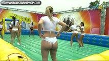 Sexy  brésilienne jouent au Foot ... waww