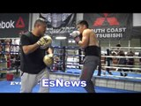 Robert Garcia On His Way of doing mitts vs Floyd Mayweather Working Mitts EsNews Boxing