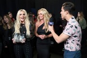 Jamie Lynn Spears honors Britney at Radio Disney Music Awards