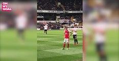 La réaction très classe d'Özil, chambré par les Spurs
