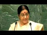 PM Modi congratulates Sushma Swaraj on UN speech, lashes out at Pak