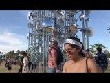 Man Makes Fun of Millennials Posing for Photos at Coachella