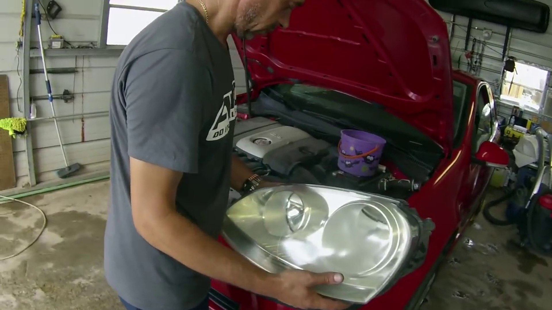 vw Golf MK5 Headlight Assembly Removal and Replacement 2005 2006 2007 2008 2009 2010