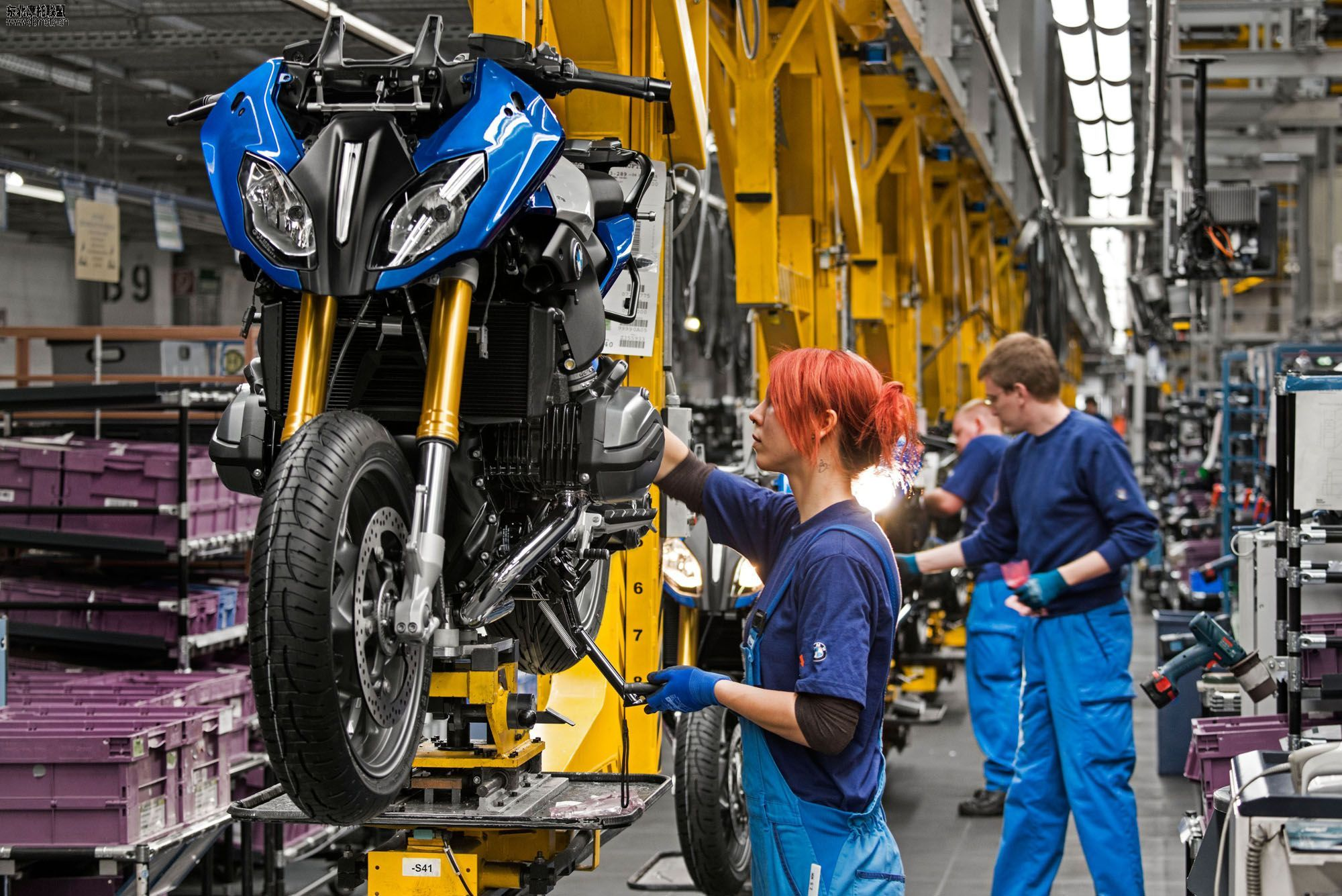 Megafactories – BMW Motorcycles Production