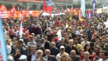 Türk Tabipleri Birliği Başkanı Raşit Tükel, Bakırköy'deki 1 Mayıs Kutlamalarında Konuştu