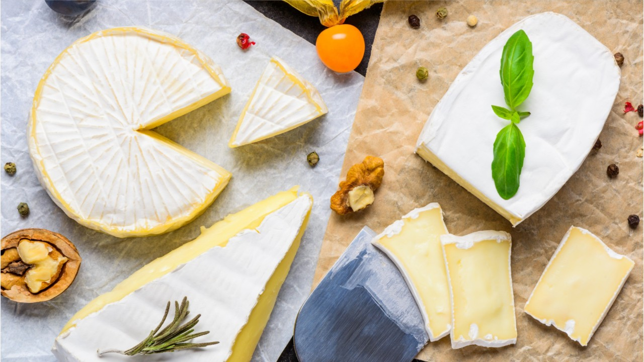 The Difference Between Brie And Camembert Cheese