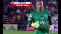 Football : Un gardien de 44 ans égalise à la dernière seconde de jeu (Vidéo)
