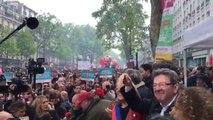Les larmes de Jean-Luc Mélenchon à la manifestation du 1er mai