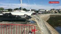 Saint-Malo. Les bateaux brûlés sortis de l'eau