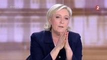 """Présidentielle : """"La France sera dirigée par une femme. Ce sera ou moi, ou Madame Merkel"""", raille Marine Le Pen"""