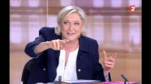 La séquence du débat Le Pen - Macron qui a amené LE gif de la soirée