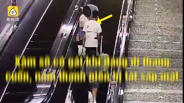Xàm sỡ cô gái khi đang đi thang cuốn, nam thanh niên bị tát sấp mặt