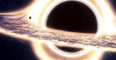 Gargantua, o buraco negro do filme Interestelar.  Gargantua, le trou noir du film « Interstellar ».