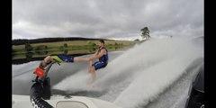 Ski nautique sans ski et bateau vide !! FAIL